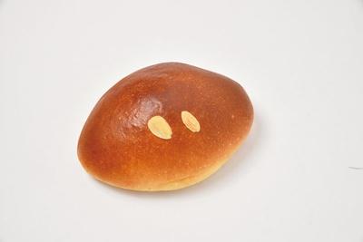 クリームパン(160円)/パン処 太陽