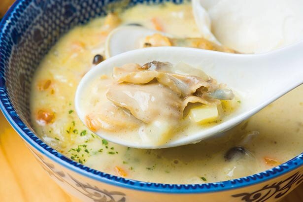 【写真】映えポイントは「たっぷりと具が入ったスープ」