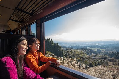 日本三大車窓「矢岳越え」で列車は一時停車。ダイナミックな景色に感動!