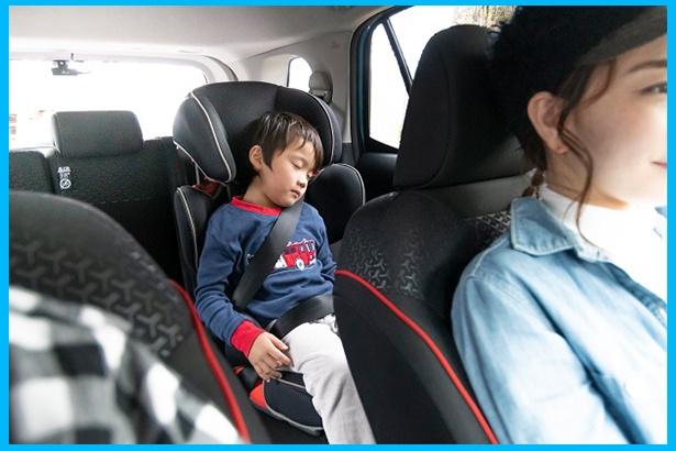 優れた防音特性を実現したRAIZE。静かな車内なので、康平くんもぐっすり