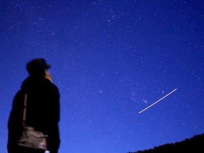 街などの光によって星が見えなくなる光害の影響も少なく、条件次第で5等星程度の暗い星まで見えることも!