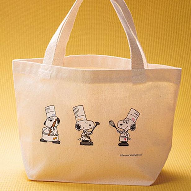 【写真を見る】「料理長スヌーピー トートバッグ」(2200円)