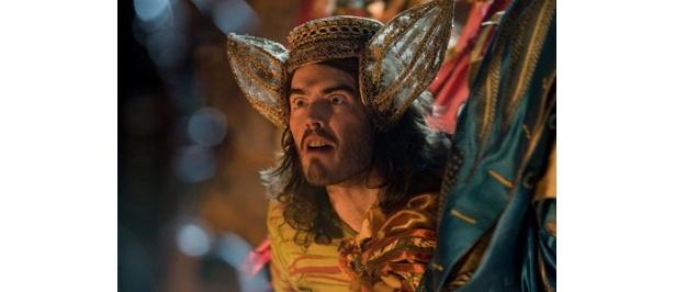 『テンペスト』では王の道化師トリンキュロー役を怪演したラッセル・ブランド