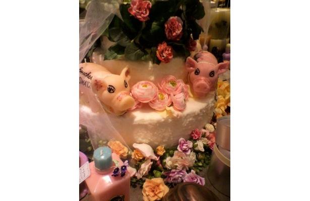 ルクア1階の「ラ ブッシュリー ドゥ スワティー」の豚のピンクキャンドル