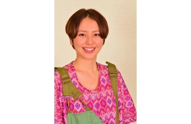 北部警察署山岳救助隊の新人女性隊員・椎名久美役の長澤まさみ