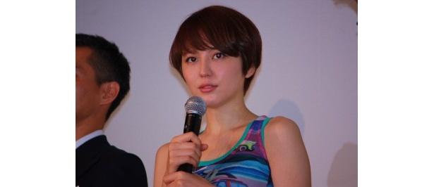 山岳遭難救助隊の新人女性隊員・椎名久美役の長澤まさみ