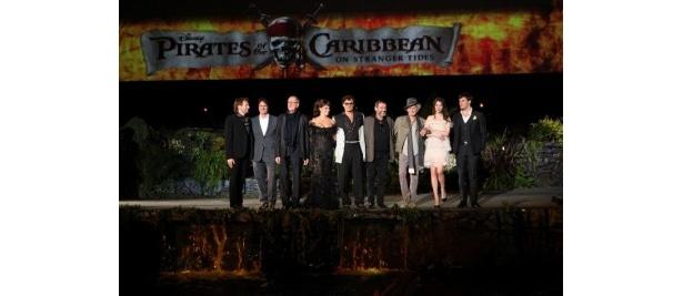 【写真】『パイレーツ・オブ・カリビアン 生命の泉』のUSプレミアに登場したジョニー・デップたち