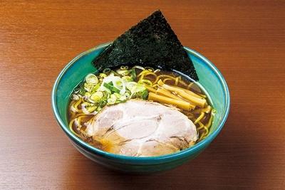 小樽で25年愛され続けるコク深いスープに舌を巻く