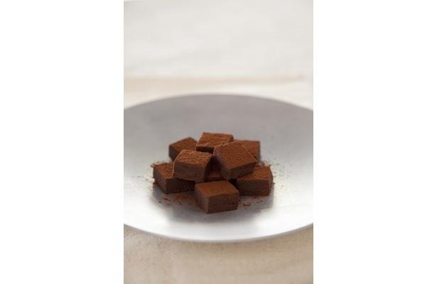 写真は「プレミアム純生クリームチョコレート」(250円)