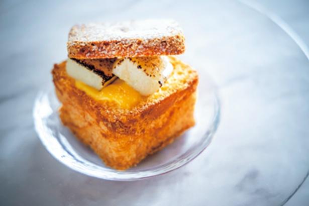 【写真を見る】京の白味噌(400円)は、白味噌を使った甘じょっぱいクリームと「半兵衛麸」の生麸が絶妙にマッチ/クレーム デ ラ クレーム