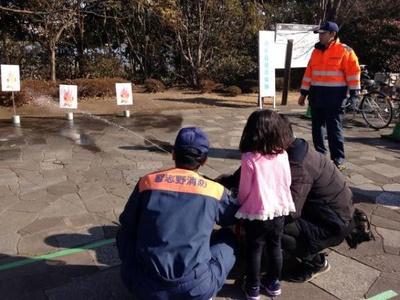 消防訓練や防災ビンゴ、防災マップやハザードマップなどの展示