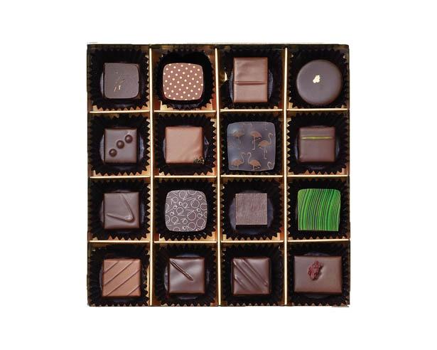 100箱限定で販売される、トップショコラティエ16人が作ったボックス「ランコントル」(8100円)