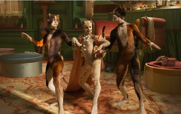 ジェリクルキャッツ(=人間に媚びない、気高く生きるネコたち)の歌やダンスに魅了される『キャッツ』