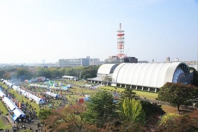 所沢航空記念公園は、敷地内に「航空発祥記念館」「図書館」「彩翔亭(日本庭園・茶室)」などの施設を擁する
