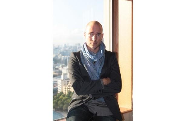 日本での公開を喜ぶアク・ロウヒミエス監督