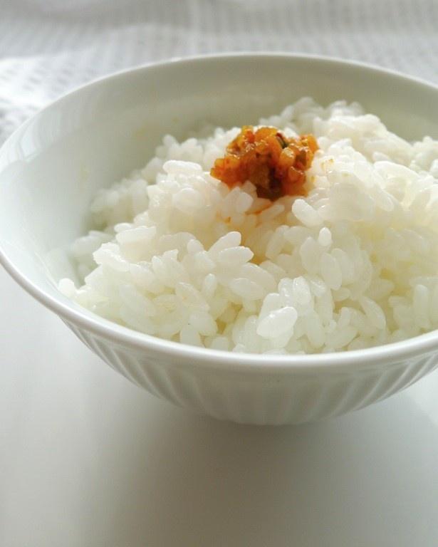 【画像】炊き立てのご飯との相性最高!お米の甘みと合いすぎて食べ過ぎ確定