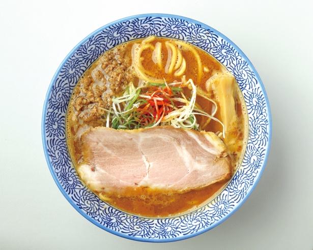 少し甘味があり、優しい味わいの味噌が特徴の「みそらーめん」(800円) / みそらーめん かたぶつ