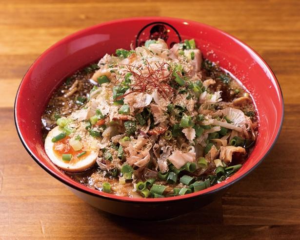「三州岡崎味噌」(税抜 900円)のサラッとしたスープはカツオ節が効いていて、具だくさんの味噌汁のように毎日味わいたくなる / キブサチ 日名本店