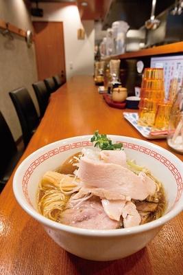 【写真】鶏の旨味とコク、香りが鮮烈に感じられる一杯