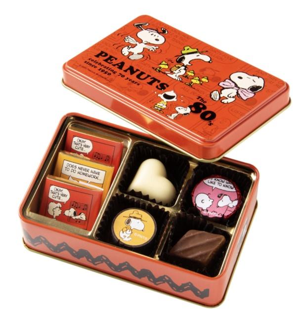 「スヌーピー PEANUTS チョコレート 80年代 アート缶」(1080円)