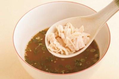 「麺つゆ亭」魚介醤油味のオススメトッピングはツナ!