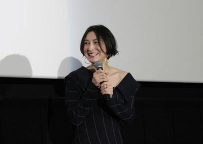 映画同好会のコメントで思わず笑顔がもれる広末涼子