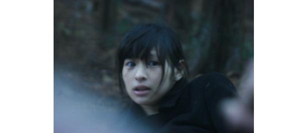 ヒロインの繭役にはこれが映画デビューにして初主演となる日南響子が抜擢