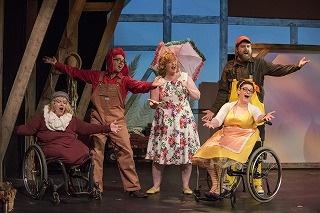アメリカで大成功を収めたミュージカル作品「ホンク!~みにくいアヒルの子~」が日本初上陸!