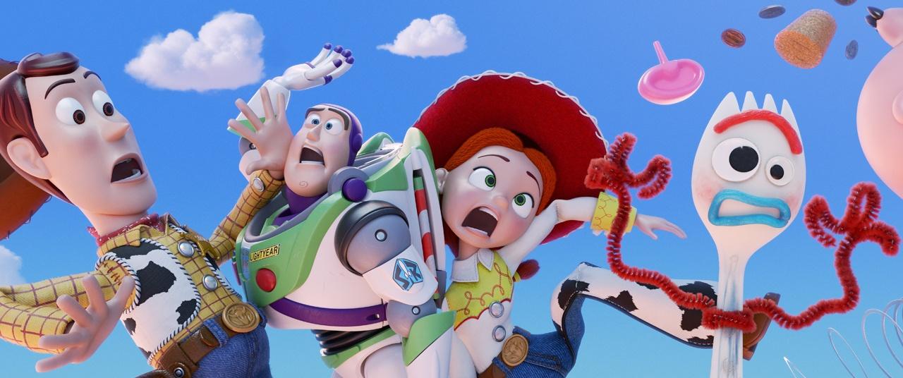 """【写真を見る】ウッディや仲間たちが""""外の世界""""で大冒険を繰り広げる!"""