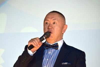「阪神と巨人は常に戦ってほしい」と話す松村邦洋