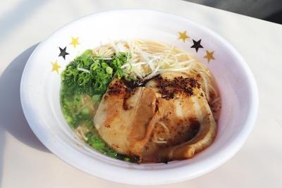 豚骨×厚切りチャーシューという、ガッツリ食べたい人におすすめの1杯 / ラーメン工房 ふくや