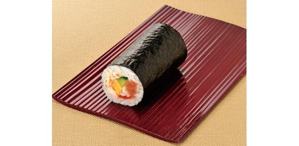 まぐろのたたきや海老など厳選した海鮮がたっぷりの「丸かぶり海鮮恵方寿司」(330円・税込)
