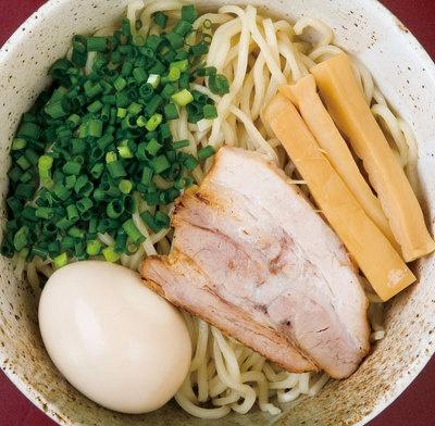「日心月歩」カレーつけ麺750円を380円に。〜1/18(日)売切れるまで(1日約20杯)※写真は麺のみ