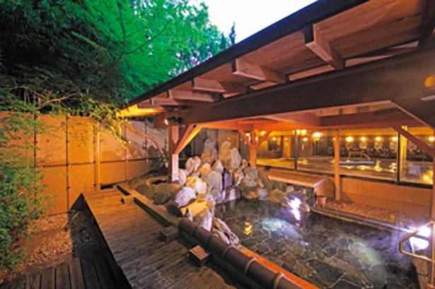 【写真を見る】広々とした大浴場と露天風呂に入浴可/びわ湖花街道