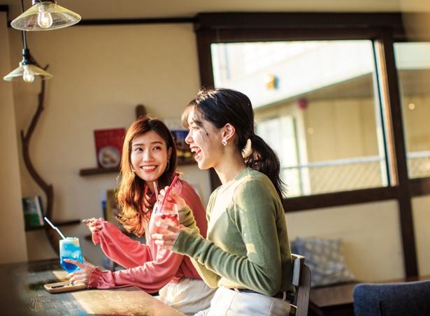 キッサ ネコノジ / 若松大橋のたもとにあるカフェ