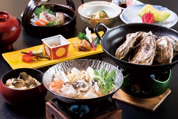 カキのコクと旨味が際立つあっさりダシの牡蠣鍋、とろ〜り食感がたまらない蒸し牡蠣、エキスたっぷりの牡蠣ご飯など/絶景露天風呂の宿 銀波荘