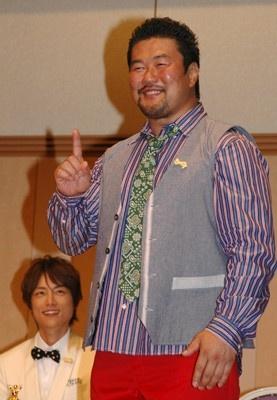 「一人です!」と、北斗さんがいないことをアピールする健介さん