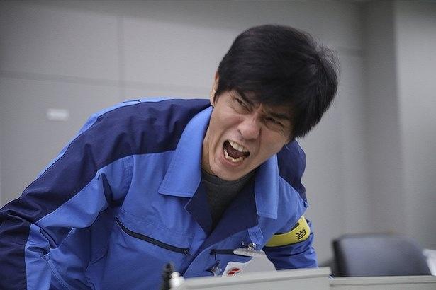 主人公となる1・2号機当直長の伊崎利夫(佐藤浩市)