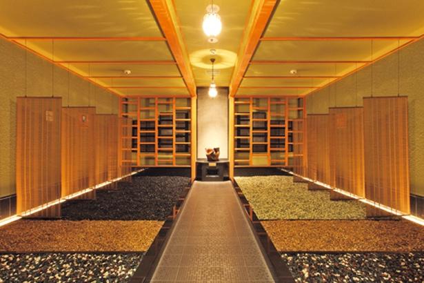 美宝汗房(写真)など6つの部屋がある岩盤浴。健熱汗房ではロウリュウサービスも/湯源郷 太平のゆ なんば店