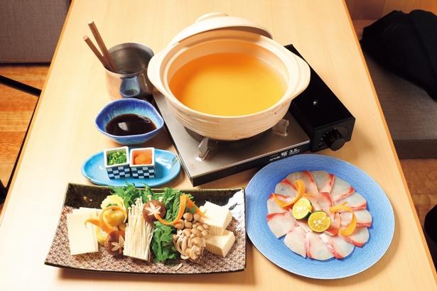お食事処「水春亭」ではダシが自慢の寒鰤のしゃぶしゃぶ鍋(2200円)が味わえる/SPA&HOTEL 水春 松井山手