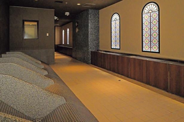 ミストが出る「南蛮房」など岩盤浴が7種ある/空庭温泉 OSAKA BAY TOWER