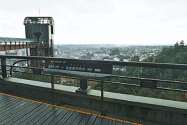 館入口横にある展望スポットからは大阪城や淡路島まで見渡せる/大江戸温泉物語 箕面温泉 スパーガーデン