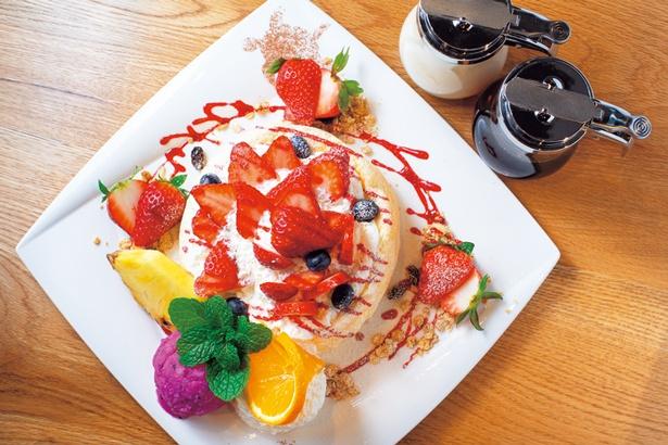 古都華のパンケーキ(2200円、5月中旬まで)/Big Mountain Cafe&Farm