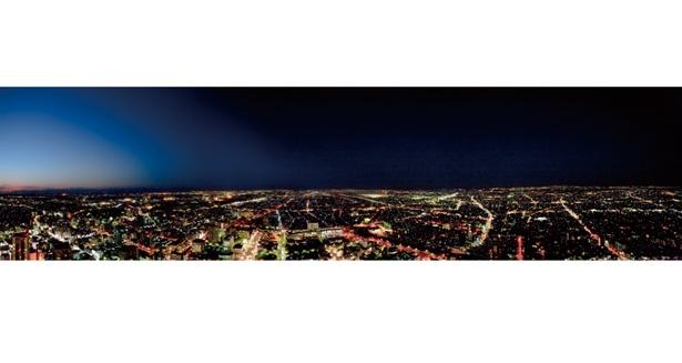冬季には、閉場する直前に夜景を見られる。時期により夜間特別営業も / オークラアクトシティホテル浜松  展望回廊