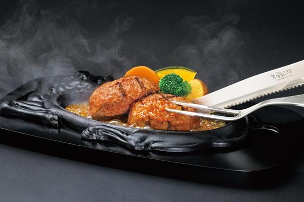 「げんこつハンバーグ」(250g 1000円)は、ライスまたはパンとドリンクが付くAセット(420円)などと共に注文を / 炭焼きレストラン さわやか 浜松遠鉄店
