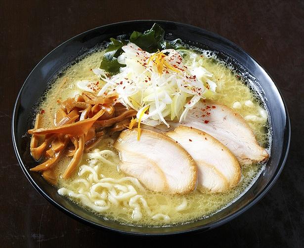 「井戸端よしお」の福島鶏白湯
