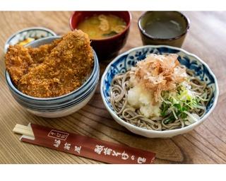 創業90年の歴史あるそば処でいただく福井県名物の風味豊かな越前そば