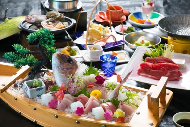 岩城和也料理長による自慢の料理。目でも舌でも楽しめます