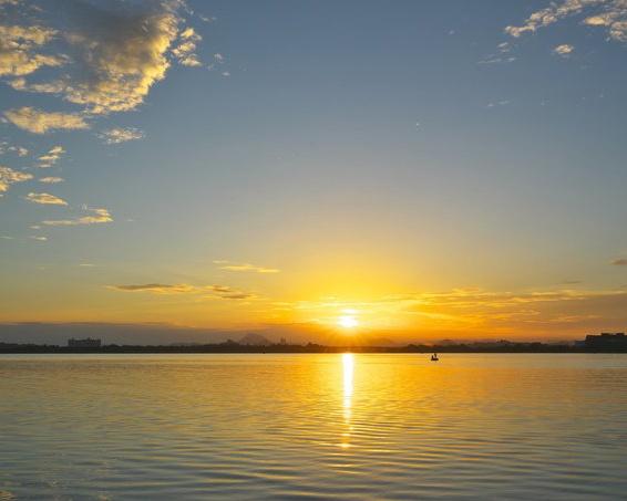 日本でいちばん早く初日の出を見られる場所はどこ?【親子で楽しむ地球の雑学クイズ第4回】