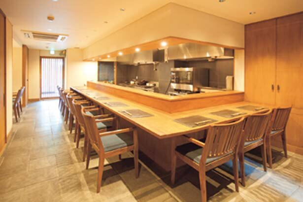和モダンな空間が広がる店は朝食専門だが、ランチも時間制で営業。来店時は予約がベター/朝食喜心 Kyoto
